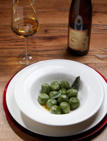 Pinot Grigio Rivoli met Strangolapreti